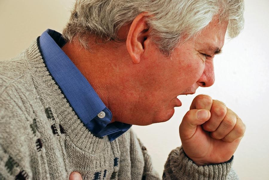 http://doctorstevenpark.com/wp-content/uploads/2009/01/bigstockphoto_senior_man_with_cough_2429487.jpg